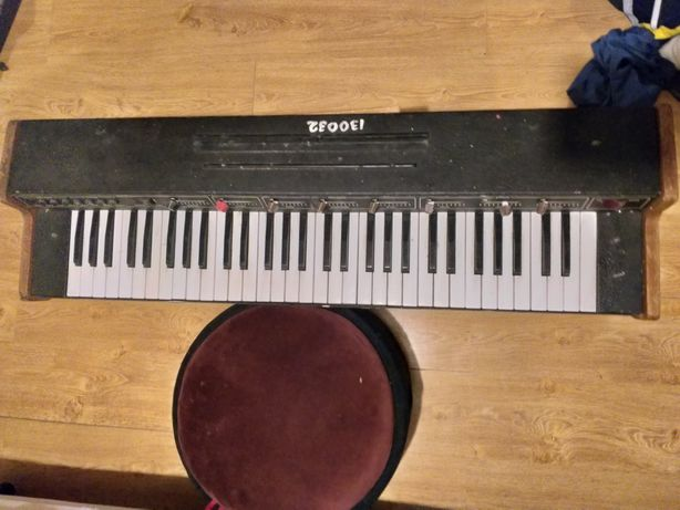 Синтезатор Vermona