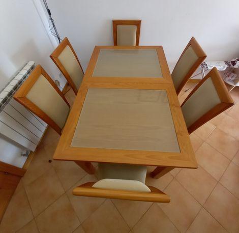 Mesa e Aparador Sala de Jantar