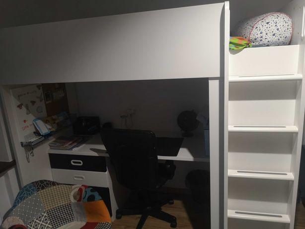 Łóżko młodzieżowe Ikea z biurkiem i szafa