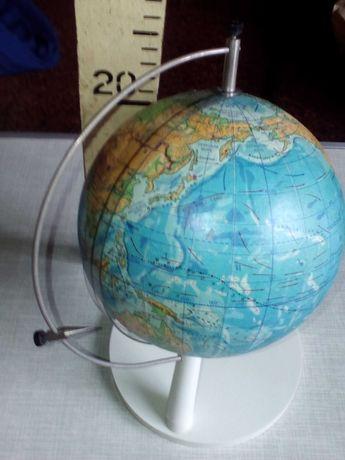 Глобус школьный физический с определителем координат 1982 года