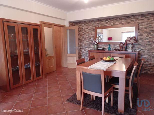 Apartamento - 105 m² - T3