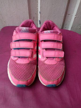 Продам кроссовки Adidas для девочки