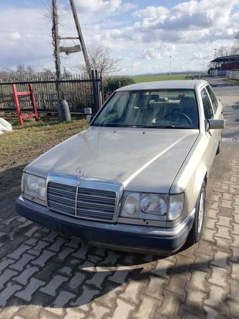 Mercedes W124 420E