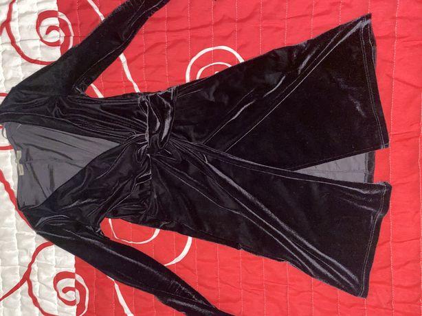 Vestido justo preto Pull&Bear (ofereco os portes)
