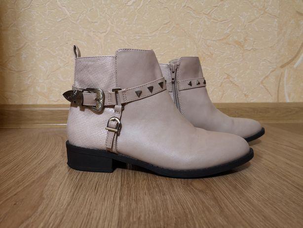 Женские ботинки челси River Island