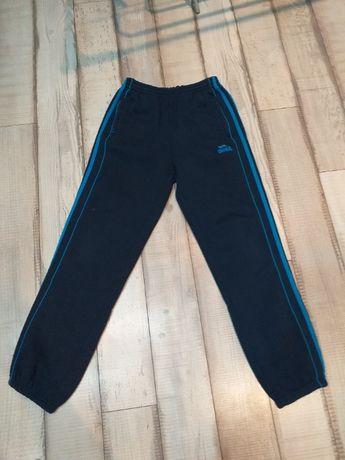 Spodnie dresowe Lonsdale
