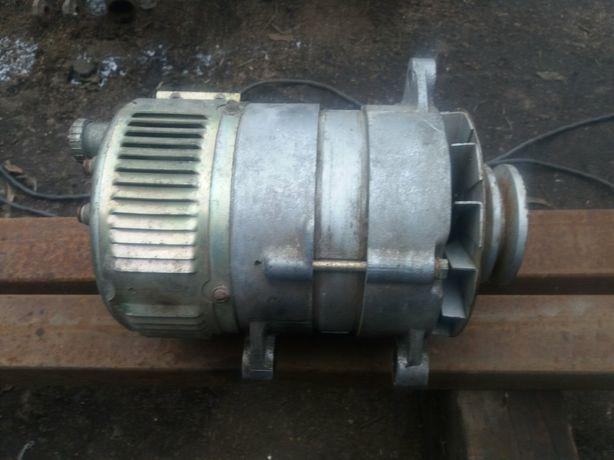 Продам генератор24в 150А