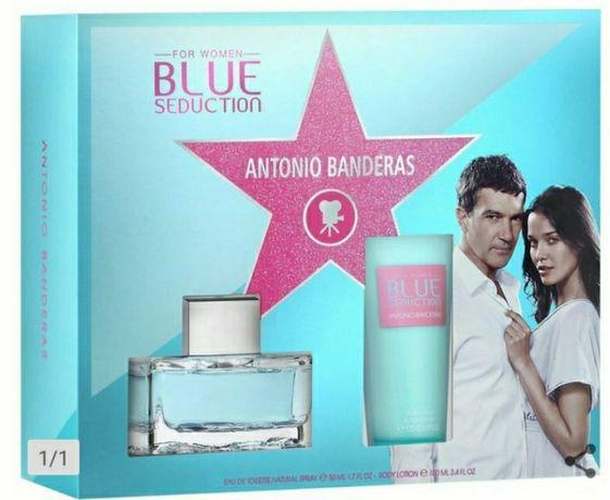 Antonio Banderas blue