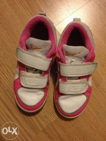 Tenis menina rosa (Nike) em muito bom estado nº27