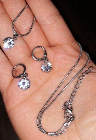 Zestaw biżuterii sztucznej kolczyki naszyjnik z wisiorkiem