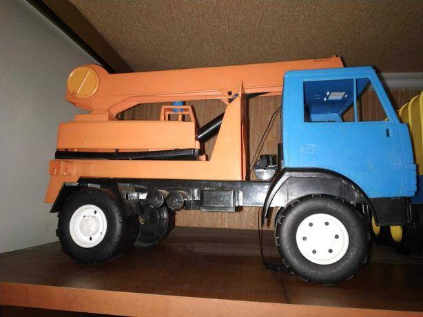 Машина - кран большая игрушка для мальчика