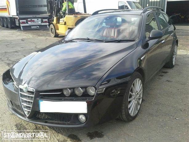 Alfa Romeo 159 1.9JTD de 2006 disponível para peças