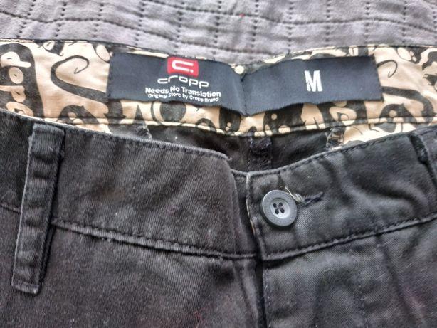 Czarne spodnie Cropp rozmiar M