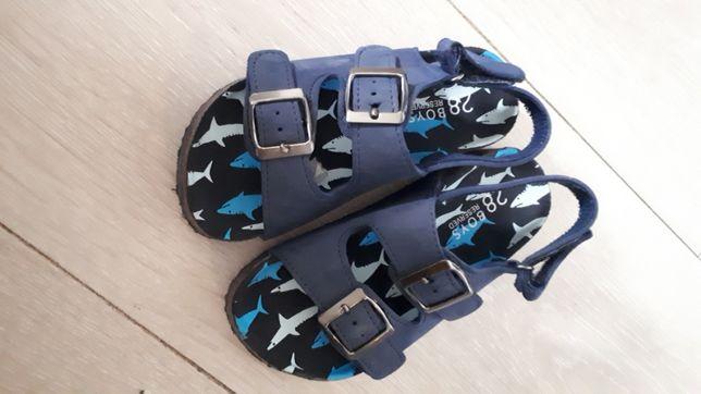 Sandałki Reserved 28