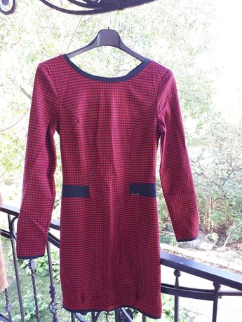 Продам плаття червоного кольору