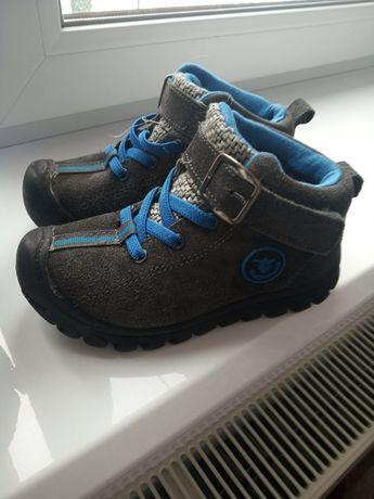 Продам зимове взуття на хлопчика