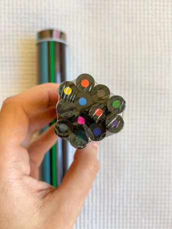 Lápis de cor + latinha