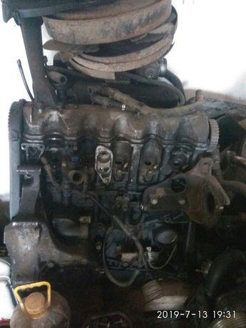 Продам двигуни на т4 та LT 35 2.5 75 квт.