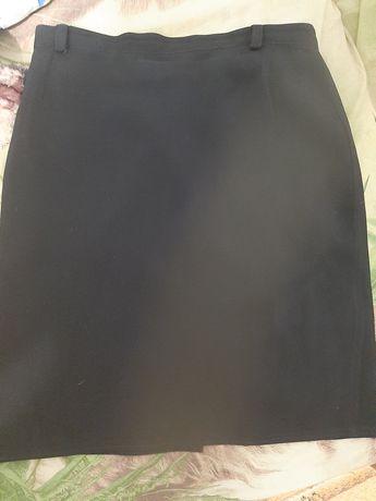 Классическая, чёрная юбка карандаш