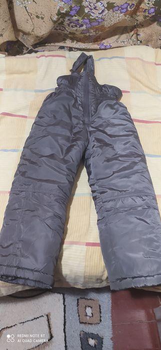 Теплые штаны на мальчика 4-5 лет Артемовск - изображение 1
