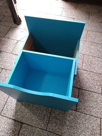 gavetas e portas para estante de cubos (tudo faço 20€ )