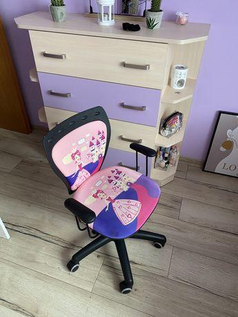 Biurko, komoda i krzeslo gratis