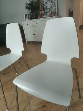 Krzesła Ikea Vilmar - krzesło białe drewniane