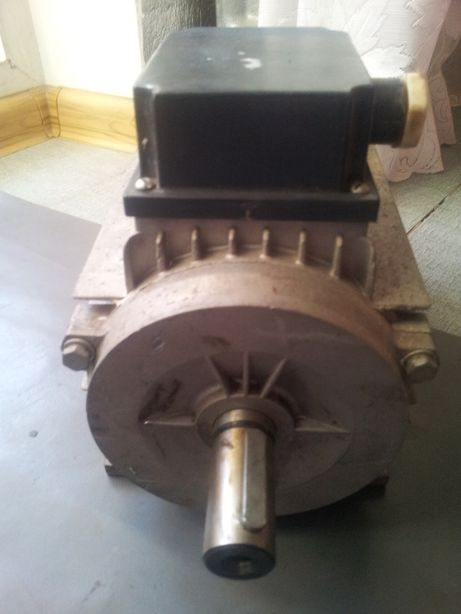 Электромотор. МТ 80 А4УЗ 1.1кВт. 1500об. Электродвигатель. Двигатель.