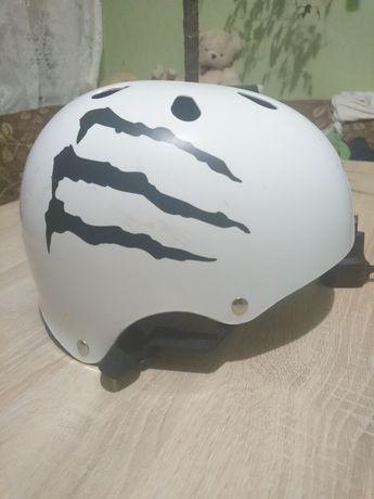 Вело шлем, котелок, шолом L/XL