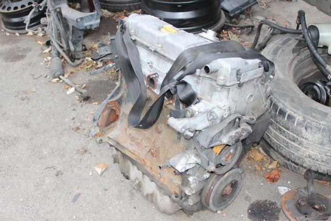 Opel Astra II 2.0 diesel - silnik