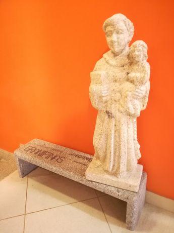 Estátua santo António