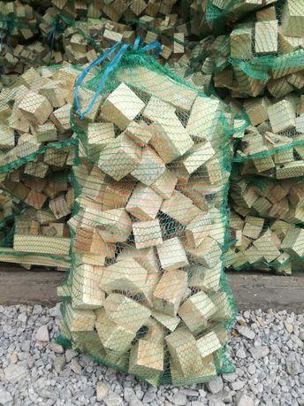 Drewno opałowe kominkowe rozpałkowe suche rozpałka brykiet podpałla
