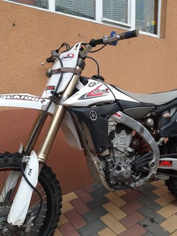 Моторка Yamaha YZ450F