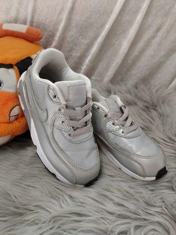 Кроссовки Nike 26 p.