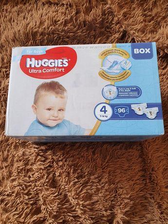 """Продам новую упаковку подгузников Huggies Ultra Comfort """"4"""" 96шт."""