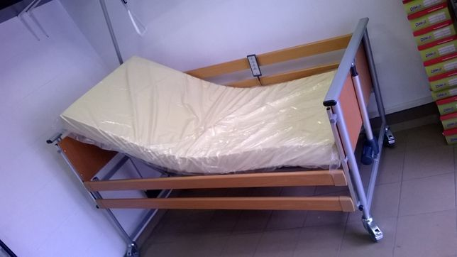 Nowe łóżko rehabilitacyjne, medyczne z pilotem Elbur PB 325 z montażem