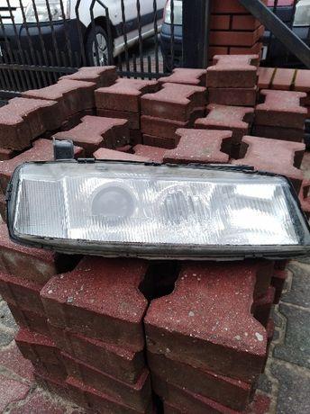 Prawa lampa Opel Calibra