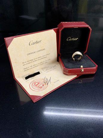 Кольцо Cartier Trinity