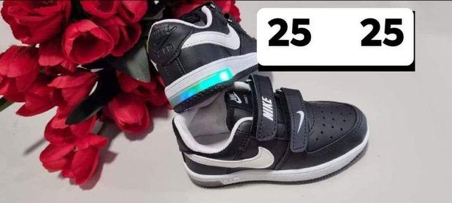 Buty czarne adidasy świecące Led Nike 25