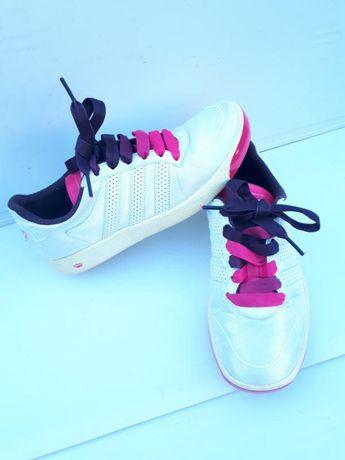 Adidas respect m.e. оригинал/женкие кроссовки р.38-cтелька 24,5см