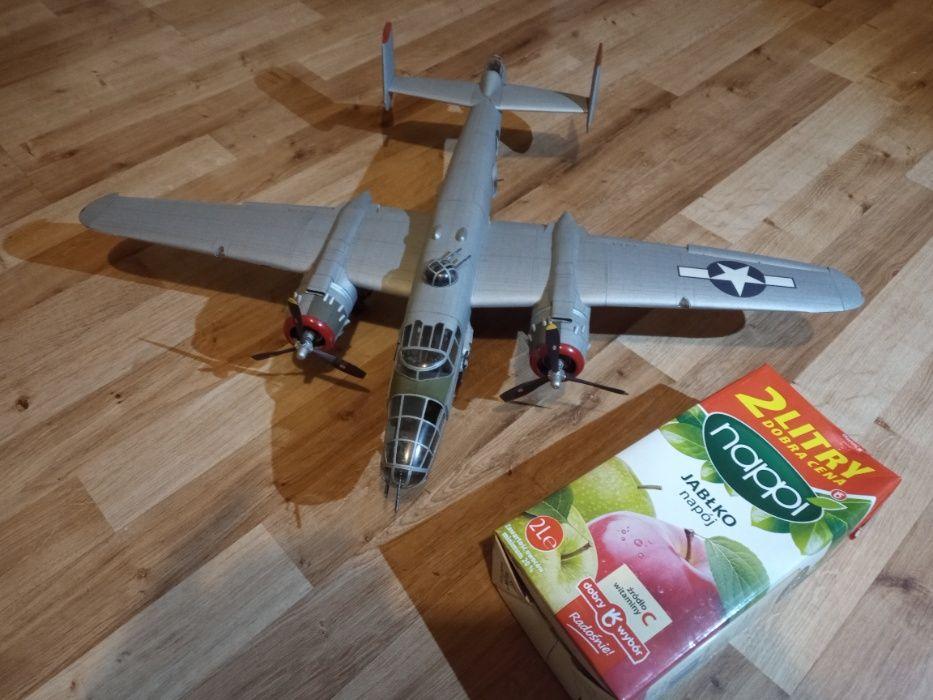 model kartonowy bombowca Gilowice - image 1