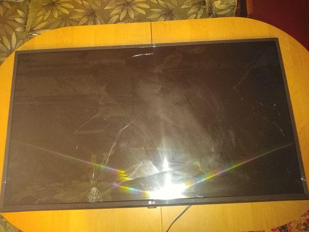 Продам телевизор lg 43lk5910plc (Разбита матрица)