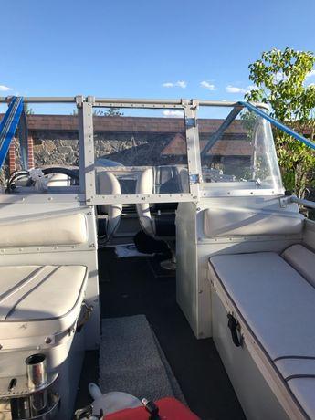 Продам лодку Buster M 2005