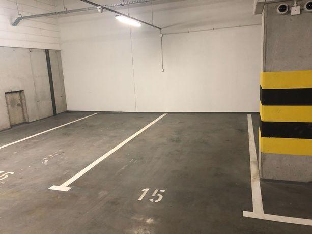 Wynajmę miejsce parkingowe Paderewskiego 51c Dzielnica Parkowa