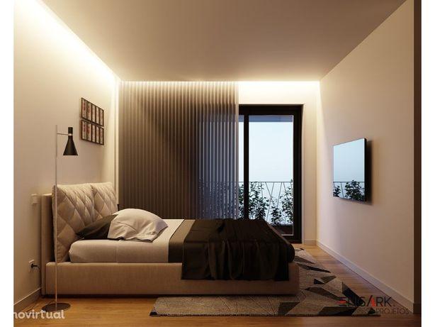 Apartamento T3 c/ 2 varandas 1º andar