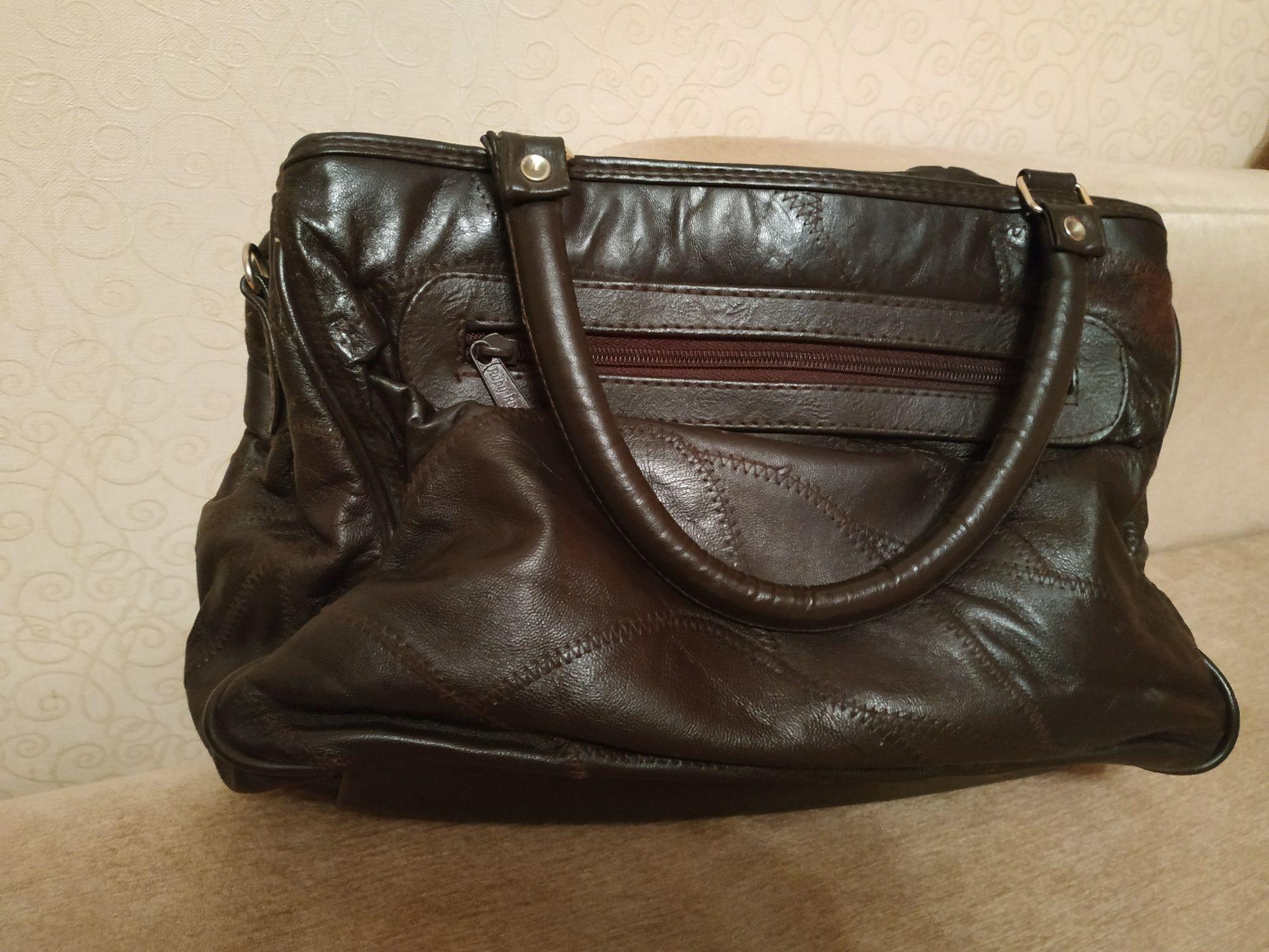 Продам сумку кожаную коричневую