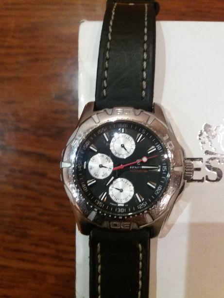 Продам часы Фестина Хронограф