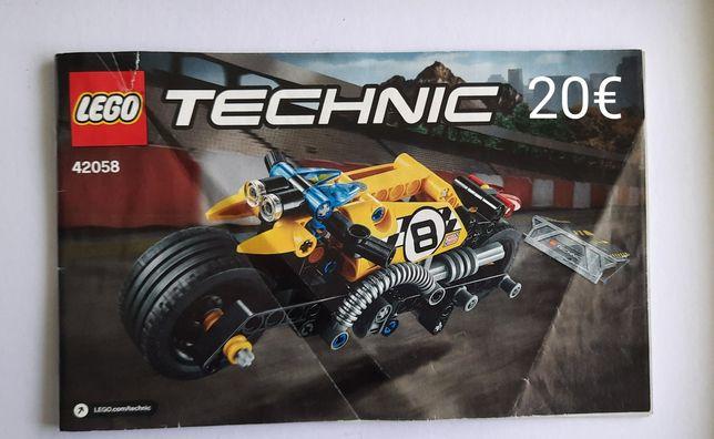 Lego Technic - mota com rampa
