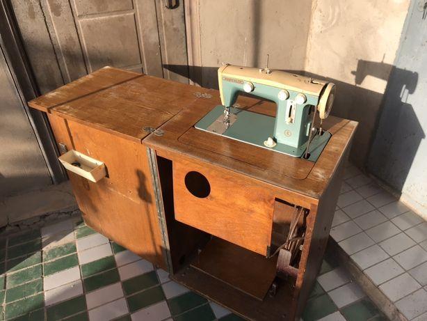 Швейная машина ножная «Подольск»