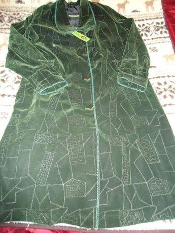 Оригинальное женское пальто.